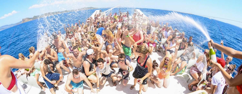 Fiestas en barco en Gandía